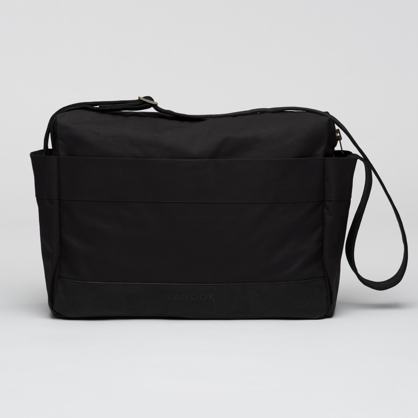 109_Messenger Bag-integrated Laptop Case-Coated Cotton-Leather
