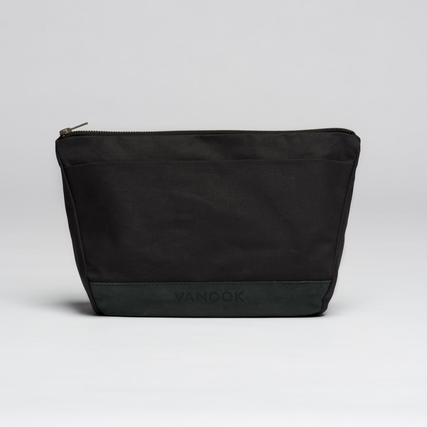 253_Wash Bag-Coated Cotton-Leather-handmade