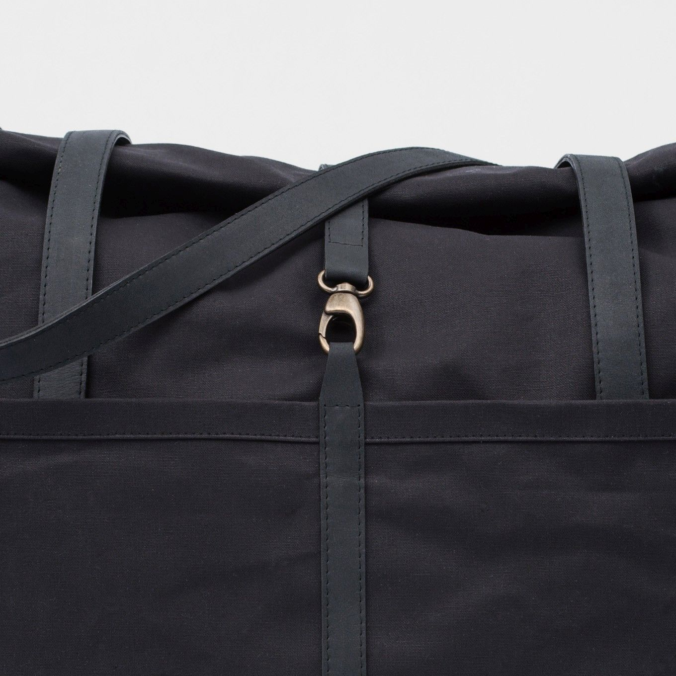 39_Weekender-Coated Cotton-Leather-Hand Luggage