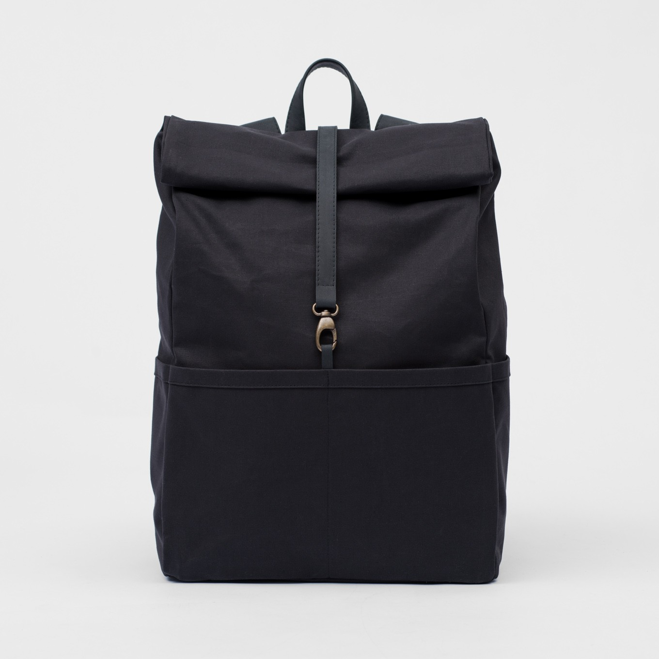 73_Backpack-Coated- Cotton-Leather-Integrated Laptop Case